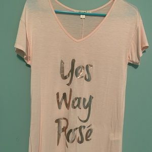 Tops - Yes way rose T-shirt
